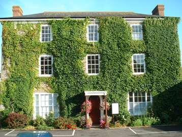 Council kingsbridge town council for Kingsbridge house